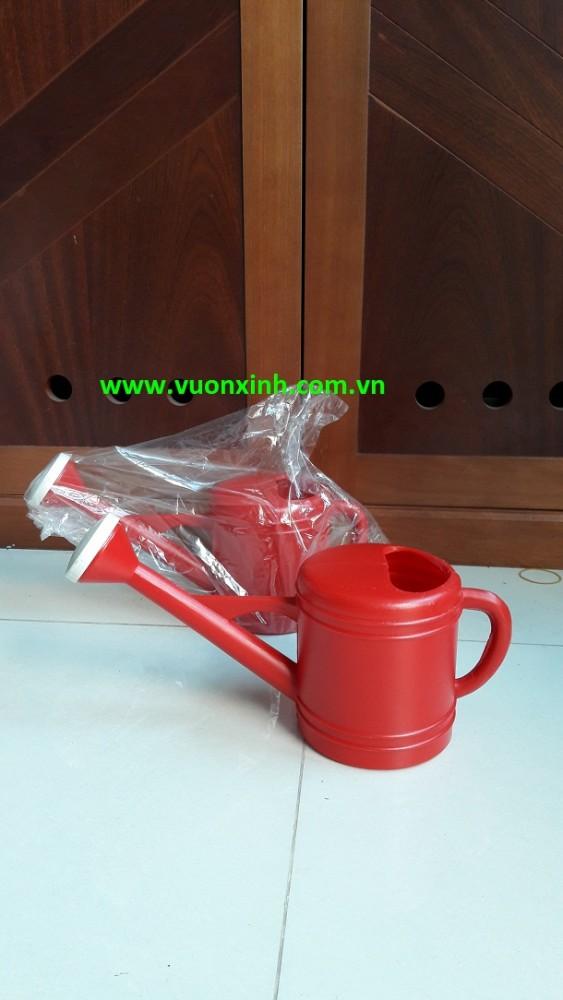 Bình tưới nhựa 2 lít